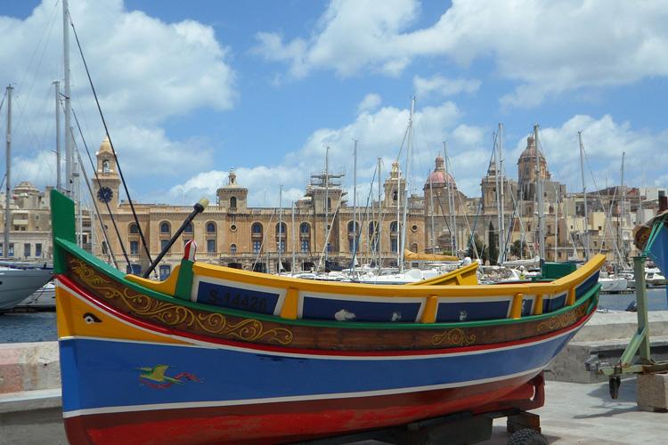 Malta: Siziliens Nachbarin & Englands Cousine
