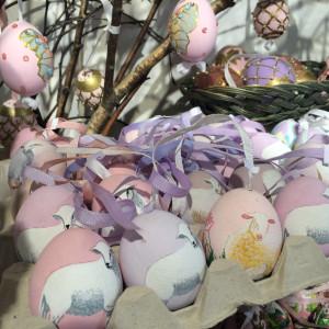 Ostereier mit Lamm-Motiv