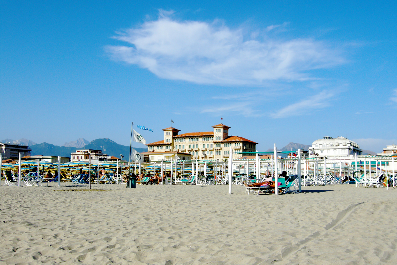 Viareggio: Aperol an der Riviera