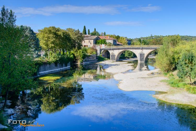 Die malerische Brücke von Sauve
